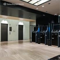 2階エレベーター・精算機