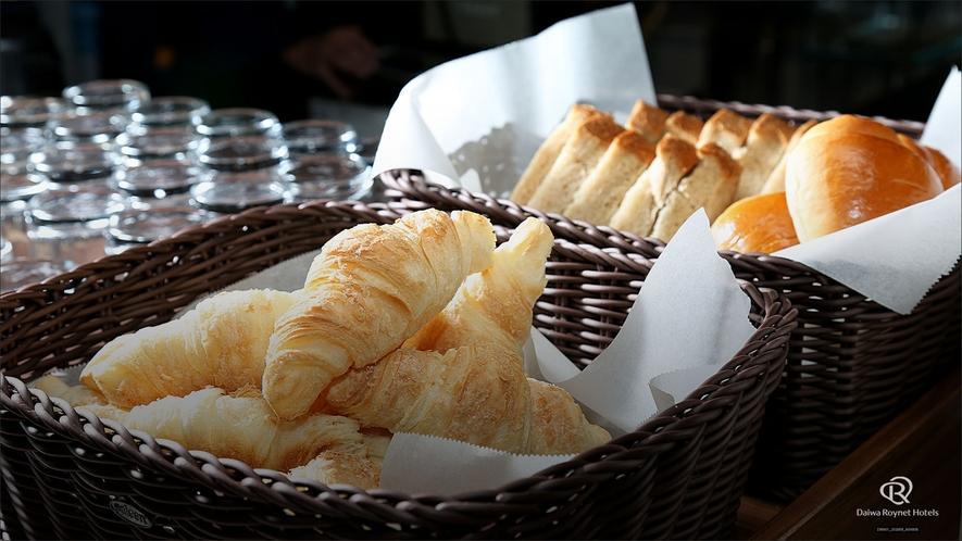 朝食(パン)/朝食時間6:30~10:00(最終入店9:30)