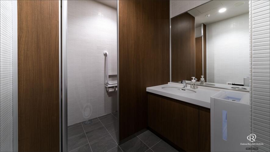 パブリックトイレ(2階)
