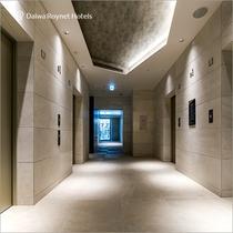 B1 エレベーター