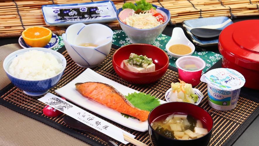 【朝食一例】地元の名産豆腐や地元民の味『べこの乳』なども