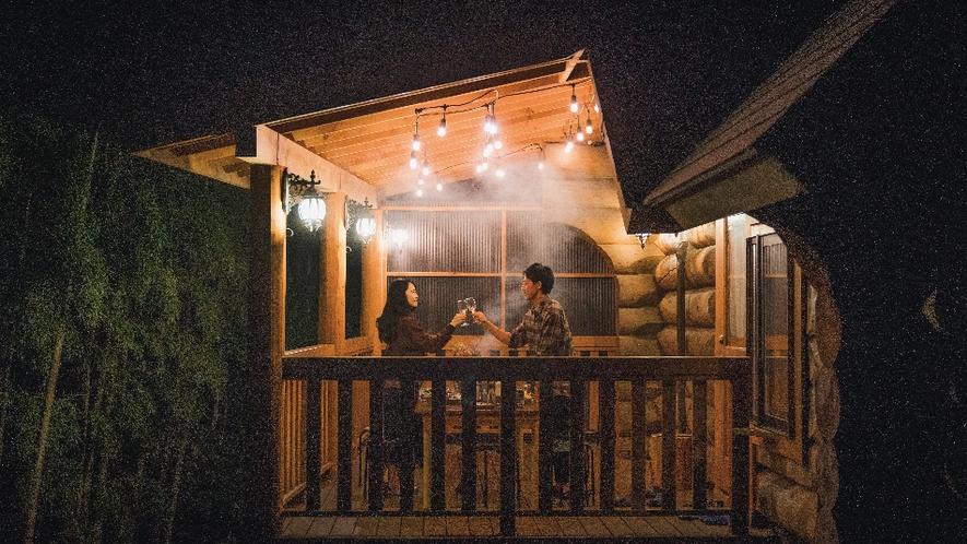 【ピーターパン】屋根付きのBBQデッキ完備。