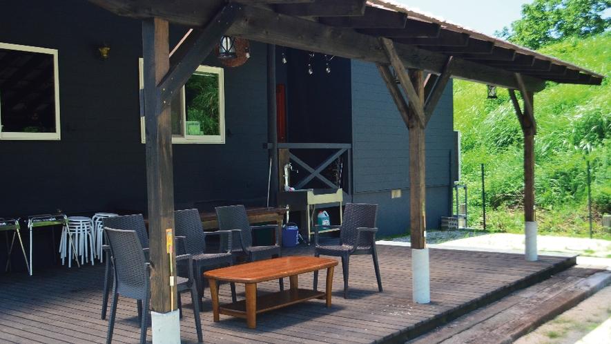 【ネバーランド】テラスと地続きのお庭も完備◎ドッグランとしてもご利用ください。