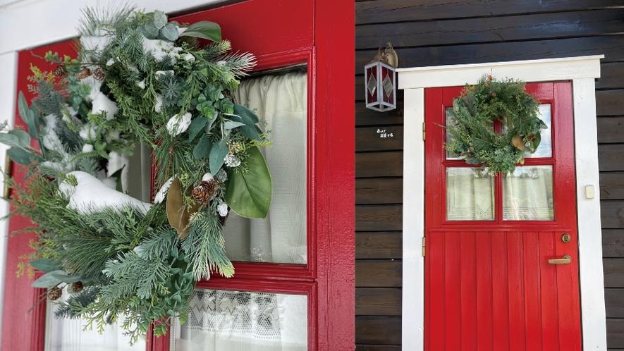 【赤&青ログ】リーズと赤い扉がお出迎えします。