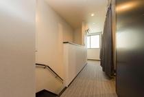 廊下 2階女性専用