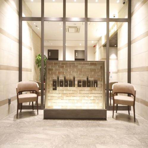 ◆館内入り口 エレベータホールはこんな感じです