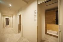 7階 ドミトリートイレ(男女共用)