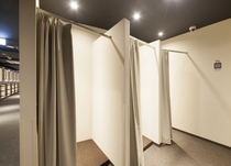 8階 更衣室(男性専用)