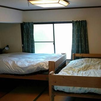 男性専用ドミトリールーム(ベッド1台)