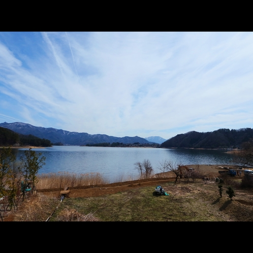 景観◆宿の目の前は河口湖!釣りもお楽しみいただけます