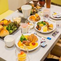 和洋ビュッフェスタイル朝食(イメージ)