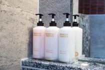 男女大浴場_ミキモトのシャンプー、ボディソープ、コンディショナーを設置