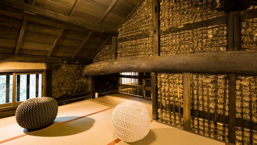 【VMGグランド・福稲105/2名定員】博物館で見るかのような土壁が今なお残る貴重なお部屋。