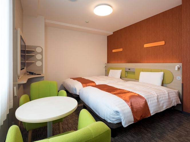 ◆ツインスタンダード1◆ベッド幅123センチ×2台◆広さ21平米◆