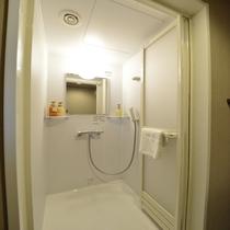 ◆シャワーブース備え付けでございます。