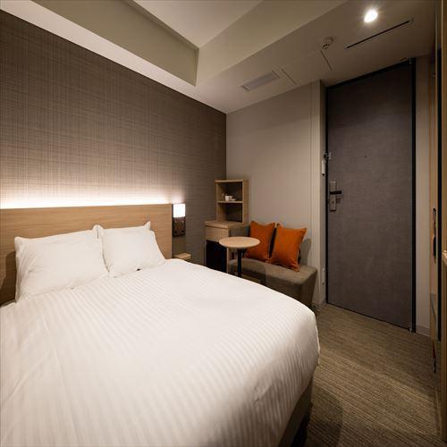 【コンフォートダブル】寝心地の良いダブルベッドで快適な睡眠を