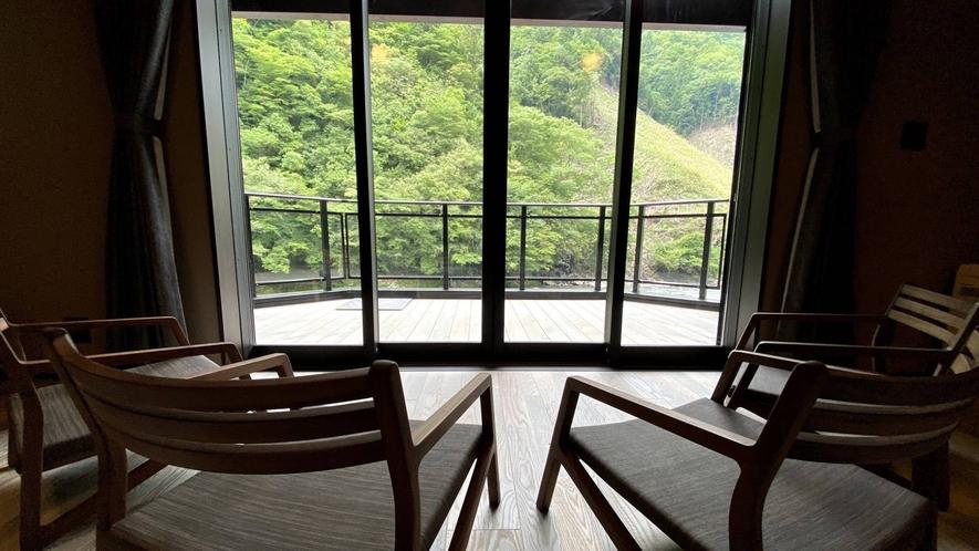 ・2020年8月OPEN!新客室の「RIALA/リアラ」はリバーフロントの眺望がオススメ