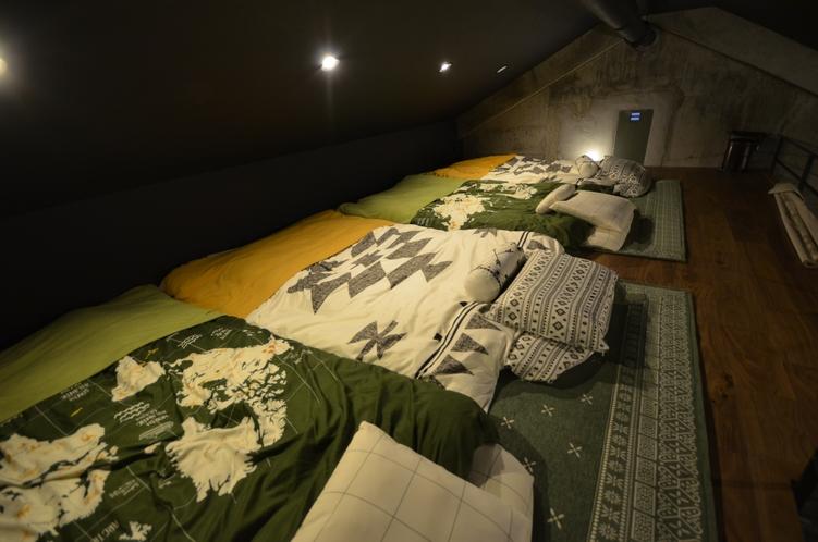 701 ロフト寝室