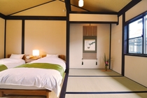 2階 寝室と畳スペース