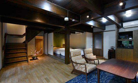 蔵を改装したお部屋「竹林月夜」