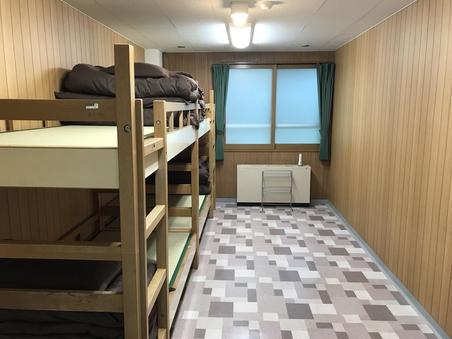 洋室2段ベッド4名