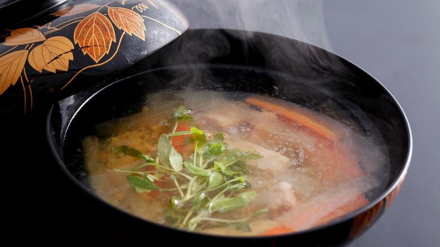 【基本会席:蕎麦米雑水】徳島県の郷土料理。食感と素朴な味わいをお楽しみ下さい。