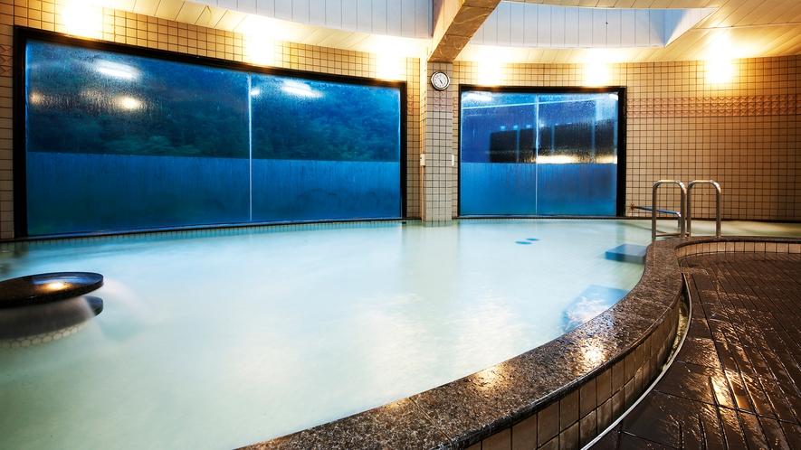 【大浴場】広々としたお風呂をご堪能ください