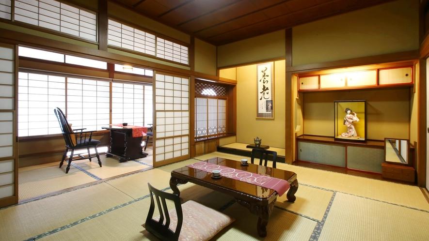 【瑠璃】木曽川を望む、檜造りの和室。木曽檜で造られた和室。