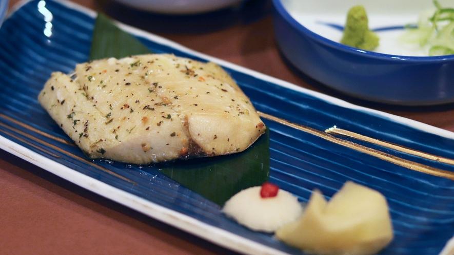【いわや木曽路料理】焼魚一例。