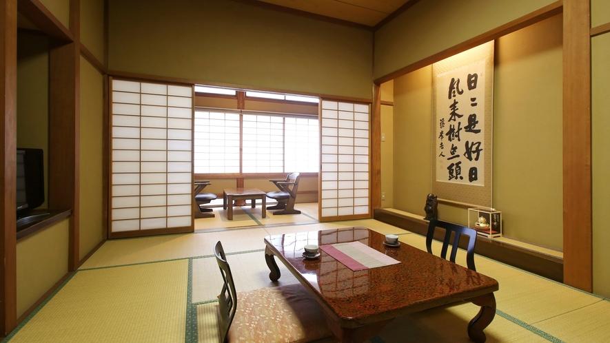 【更紗】木曽川を望む、檜造りの和室。木曽檜で造られた和室。