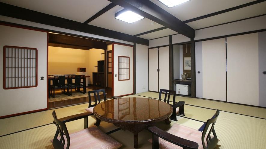 """【雅】明治時代の""""蔵""""をリニューアル、離れ風客室。1階の10畳和室。"""