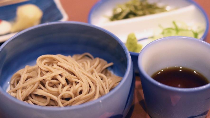 【いわや木曽路料理】信州蕎麦。