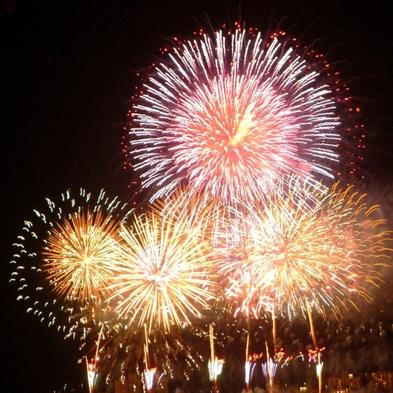 夏の上諏訪<諏訪湖サマーナイト花火>音楽に合わせた華麗な花火♪毎日500発<各部屋から見える>