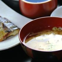 【朝食】お味噌汁