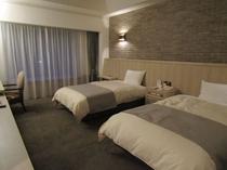 555号室寝室