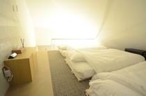 501ロフト寝室