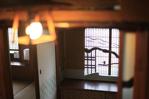 〈松竹梅の間〉最大4名 和室8畳+3畳の個室 wifi無料