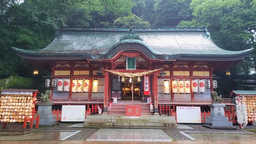 周辺(八幡朝見神社)