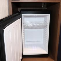滞在には十分な大きさの冷蔵庫