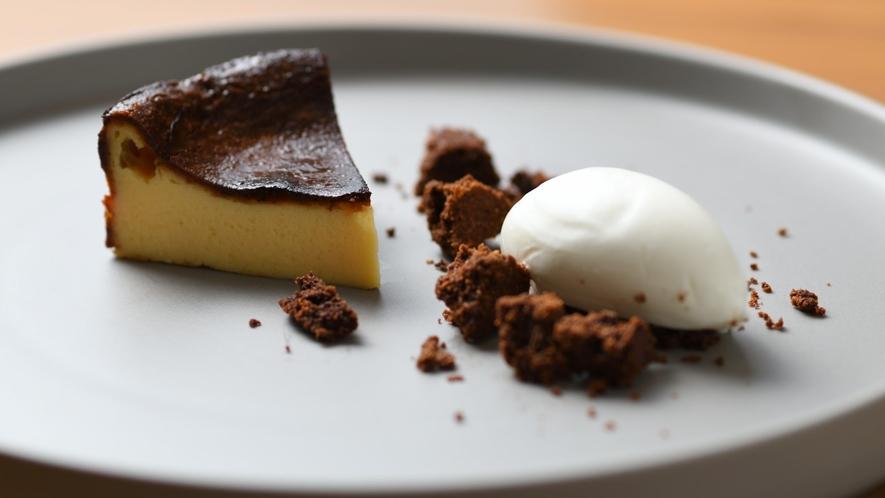 バスク風チーズケーキとジャージー牛乳のソルベ