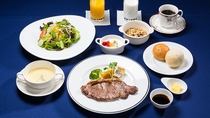 朝食(ステーキ朝食)