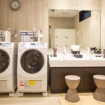 【1階浴場】コインランドリー、洗面所