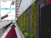 ⑫一つ目の入口はレストラン「イルキャンティ」グリーンアート沿いに直進しホテル入口へ