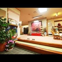 ■【玄関】ロビーにはお菓子やお土産物もご用意しております☆
