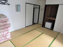和室 (トイレ付)