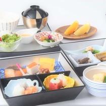 【朝食】和ご膳をご用意(季節によって食材が変更になる可能性があります)