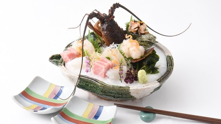 【夕食】別注で伊勢海老のお刺身もございます
