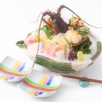 【夕食】季節によって変更の可能性がございます。四季折々の食材をお楽しみください。※写真はイメージです