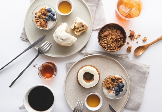 【koe donutsで朝食プラン】大人気!有名なドーナツ屋でおしゃれな朝食を!(朝食付き)