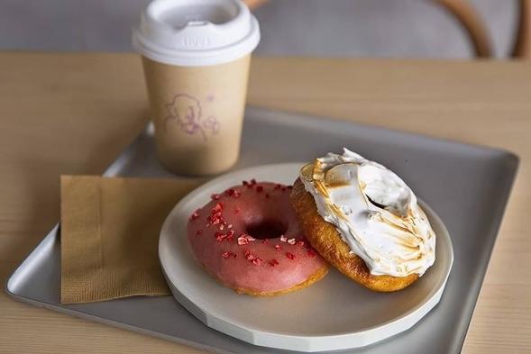 【koe donutsプラン】ドーナツが大好き!ドーナツ2つとドリンク1セット!